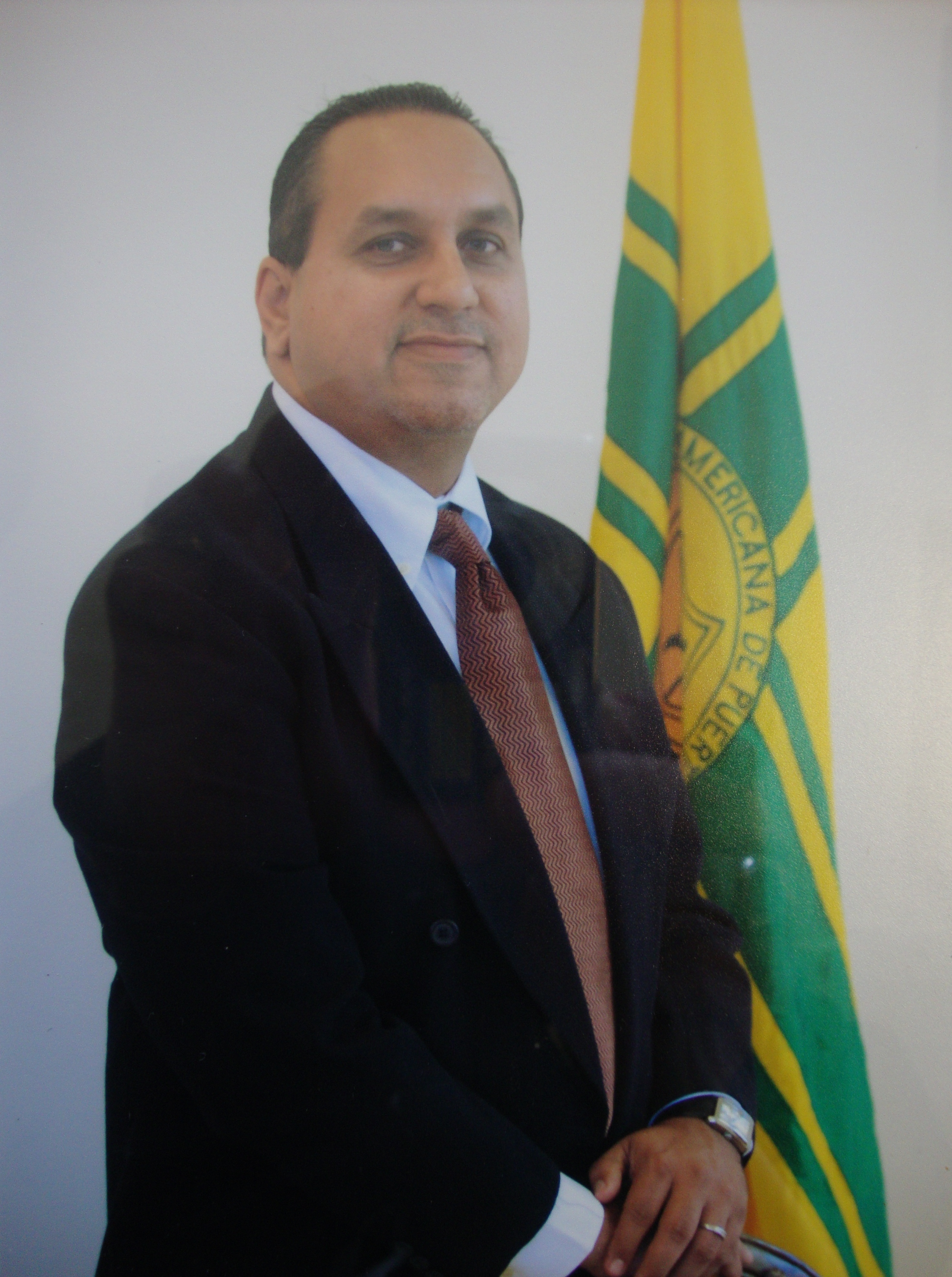 Prof. Gerardo Rivera